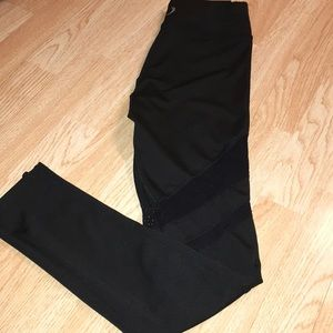 black exercise  leggings with mesh